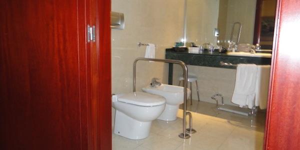imagen de baño accesible