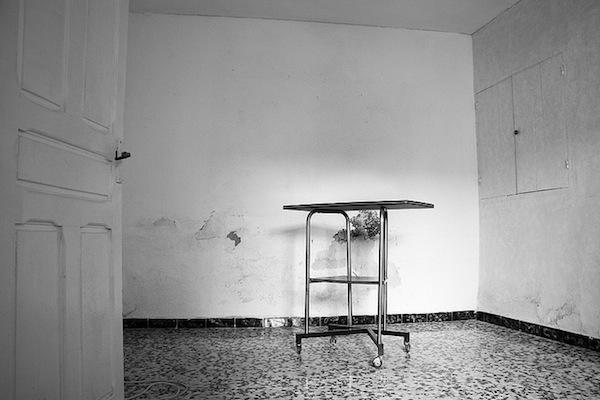 habitación vacía y vieja