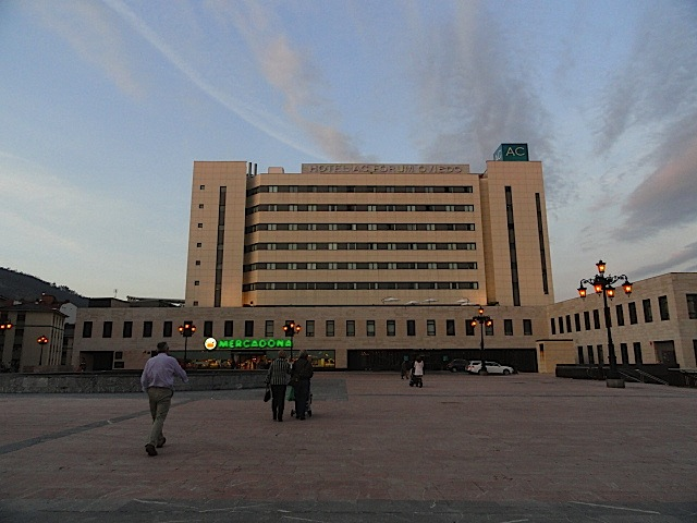 fachada del hotel ac oviedo forum