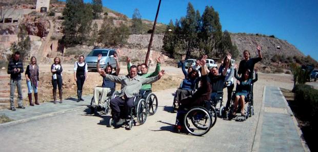 bloguers sobre silla de ruedas en Cabo de Gata