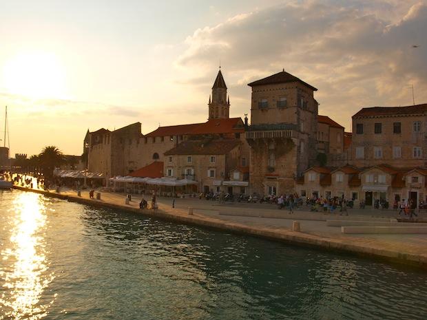 puerto y centro histórico de trogir
