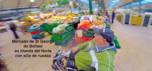 Miguel por el mercado con su silla de ruedas